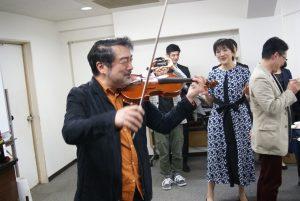 早川さんのバイオリン!