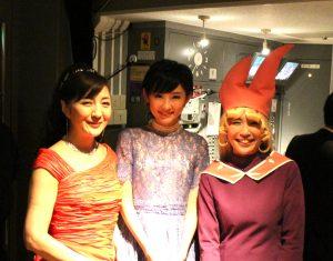 司会の結さん、奥山佳恵さんと